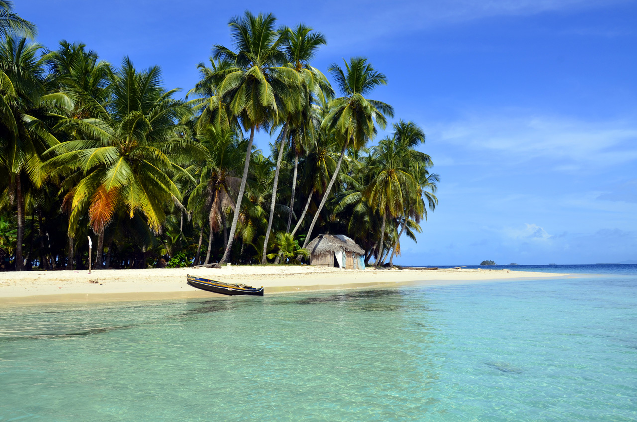 San Blas Islands canoe