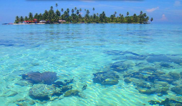 Isla Diablo In The Cayos Limones San Blas Islands